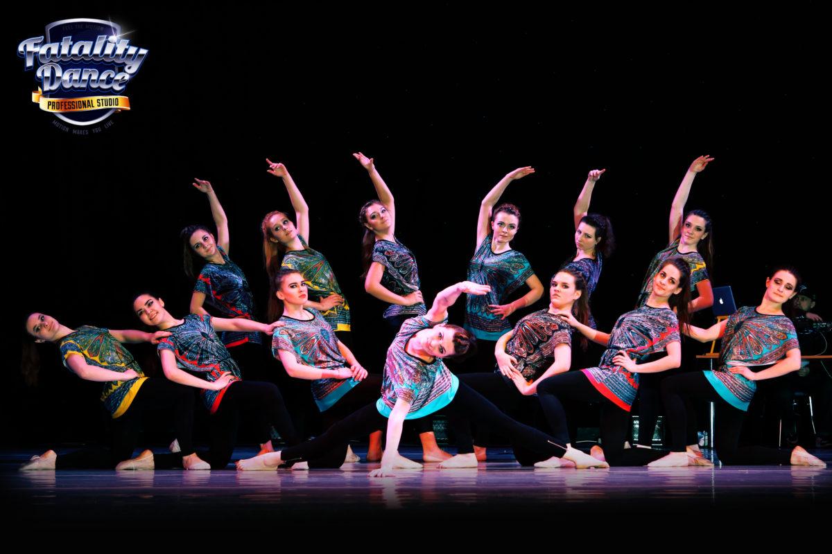 фото с новогоднего отчетного концерта школы танцев в Минске