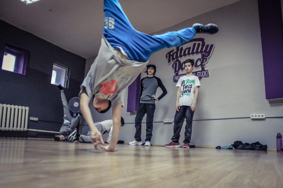 Расписание занятий на июль в Брейк-Данс центре в Минске