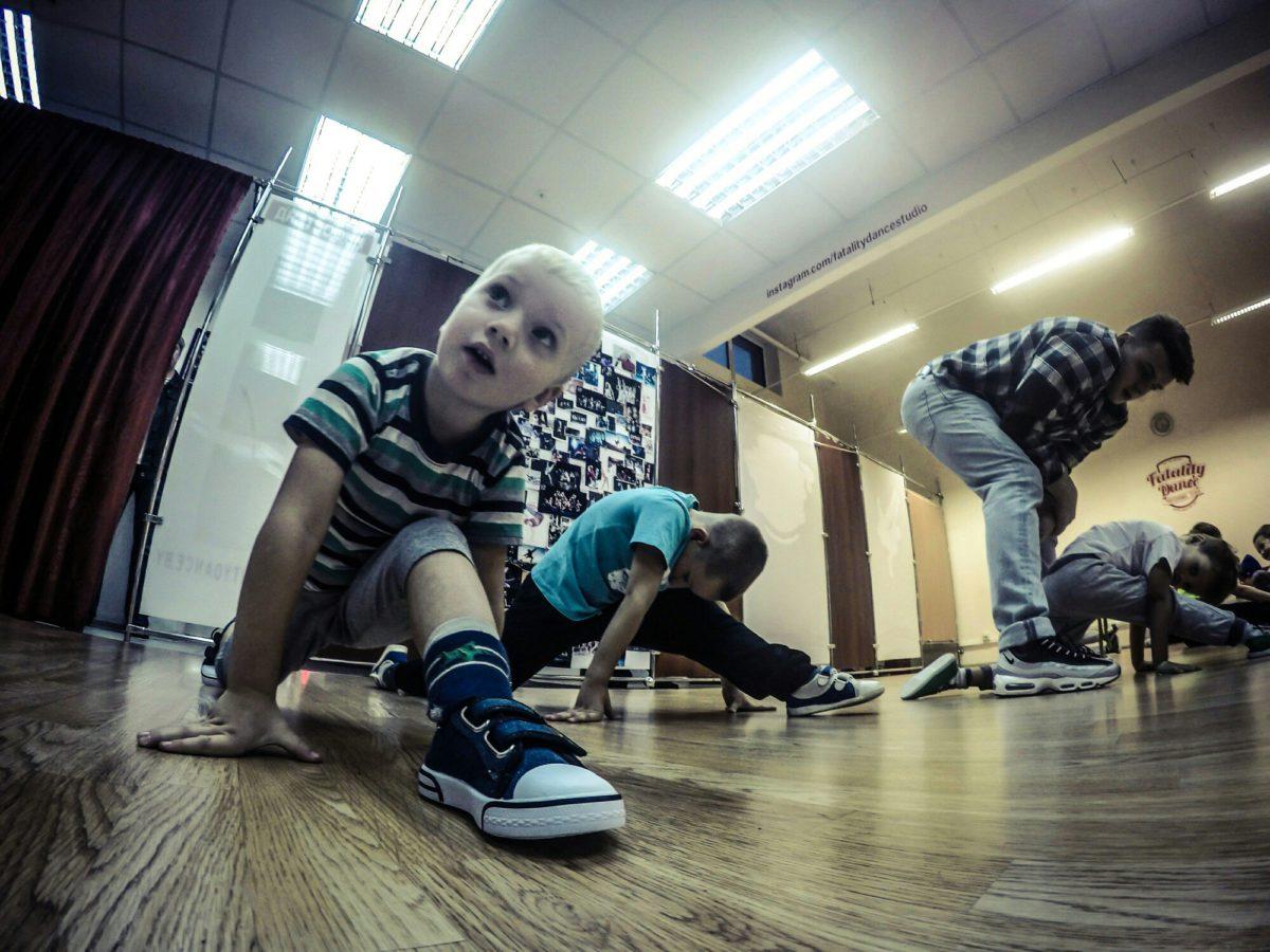 Фото с тренировок по Брейк-Дансу в Минске, Уручье